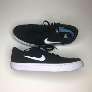 Nike SB Charge Canvas Shoes Black/White
